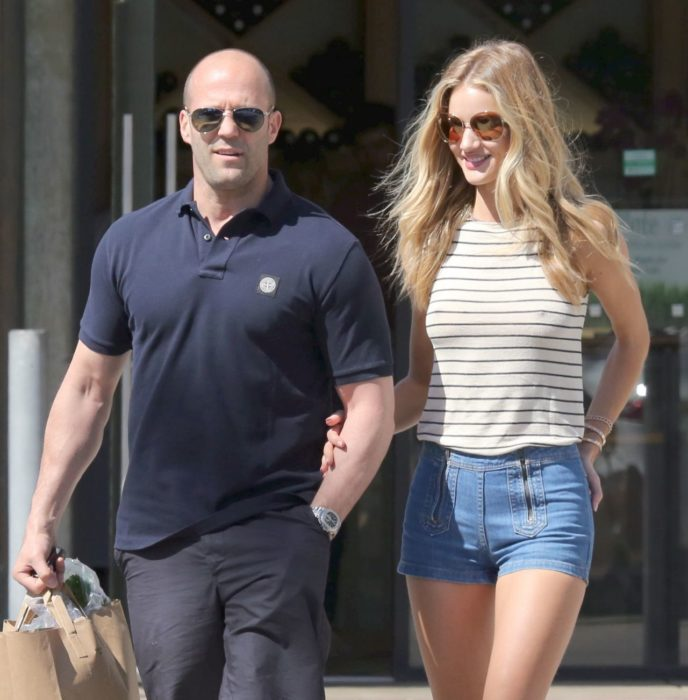Rosie Huntington-Whiteley and Jason Statham de paseo