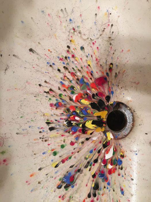 pintura acrilica en lavabo