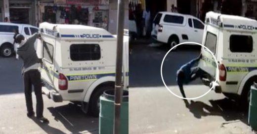 Cover-Dos-delincuentes-escapan-de-la-parte-trasera-de-camioneta-de-la-policia
