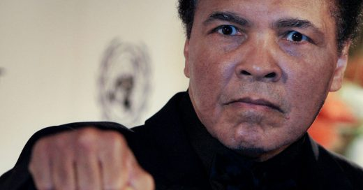 Hospitalizan a Muhammad Ali por problemas respiratorios; podría estar grave