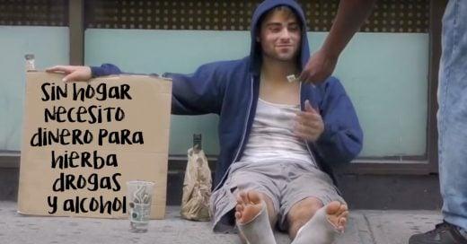 Cover-Un-indigente-pide-dinero-para-comprar-drogas
