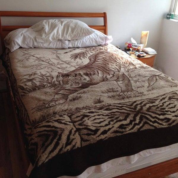 Cobertor con estampado de tigre