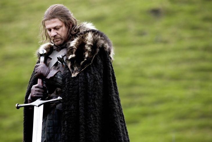 Ned Stark con espada