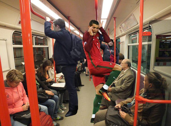 ronaldo en el metro