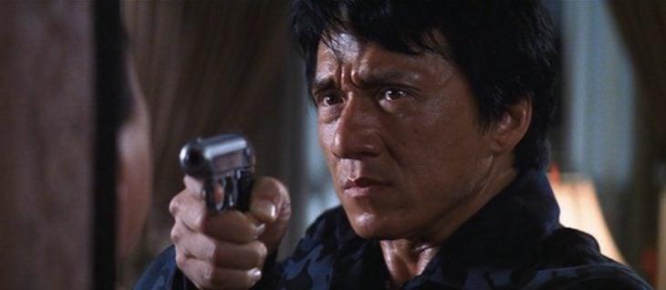 jacki chan c pistola
