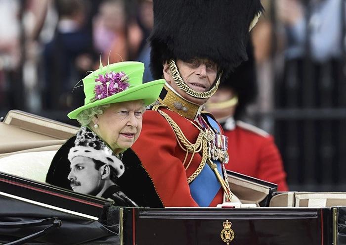 reina vestida de queen