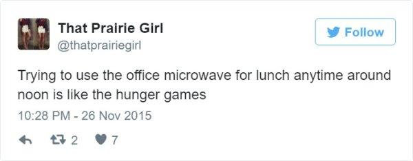 micro en oficina tuit