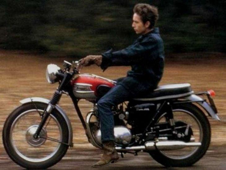bob dylan en moto