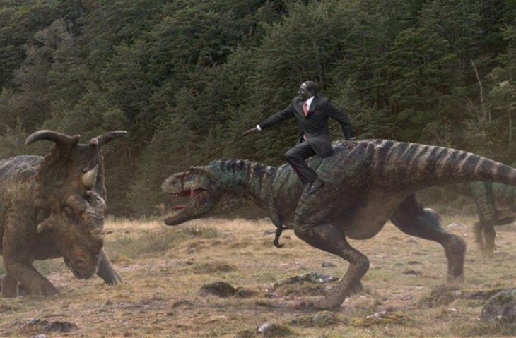 politico en dinosaurio