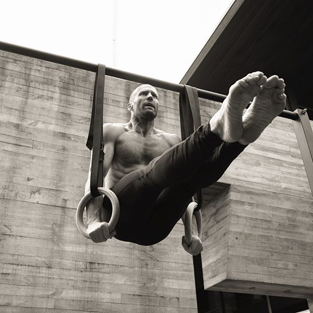 rutina de ejercicio de jason statham cuerdas