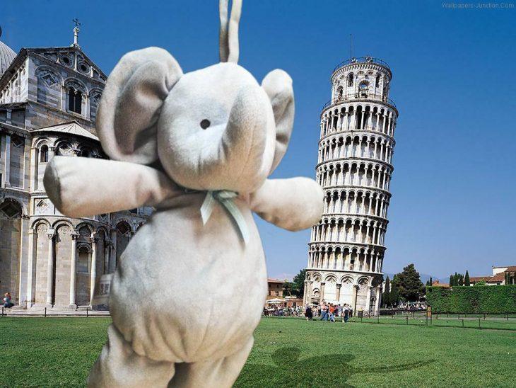 elefante Torre de Pisa