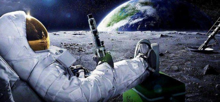 astronauta sentado en la luna