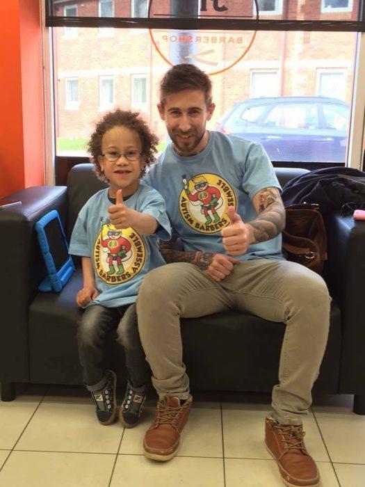 niño y barbero