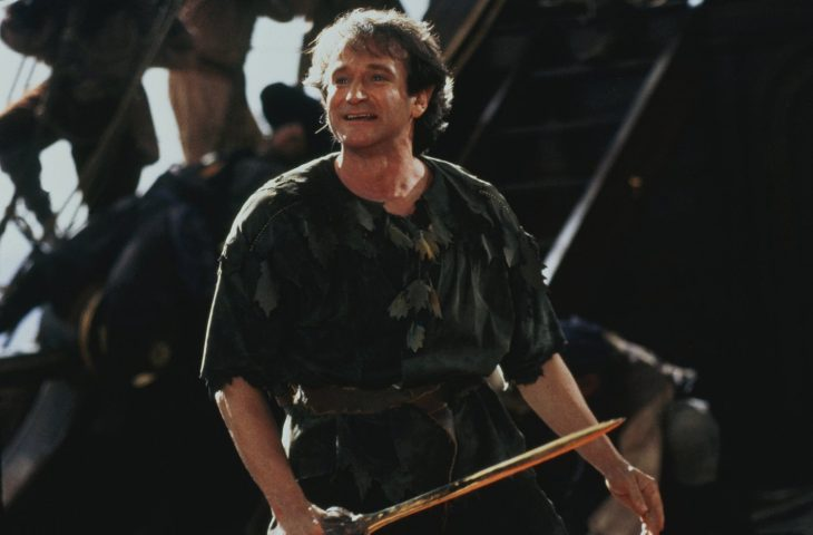 Robin Williams como Peter Pan