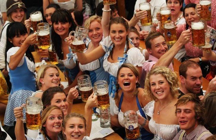 cerveza mujeres