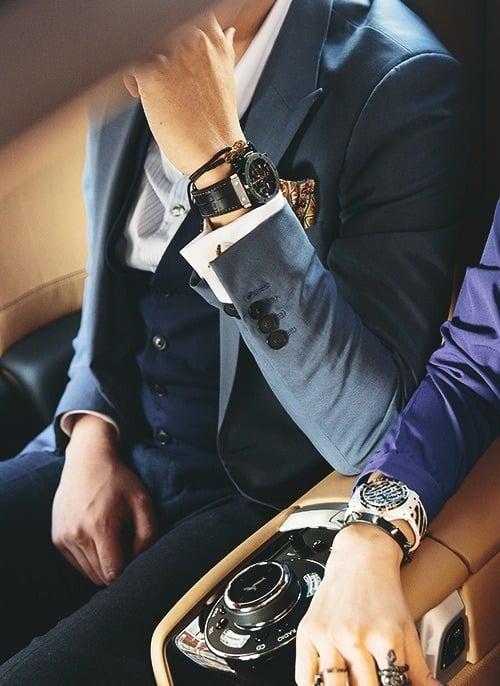hombre reloj