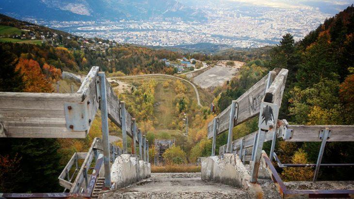 Torre de salto en esquí en Grenoble 68