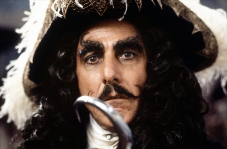 Dustin Hoffman como Hook