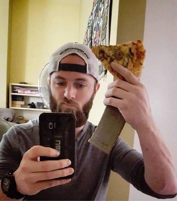 pizza con carton