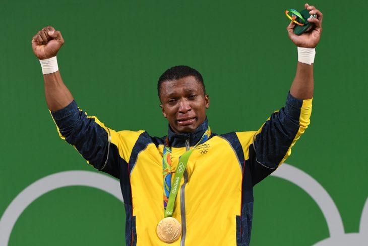 Oro en levantamiento de pesas en Río 2016