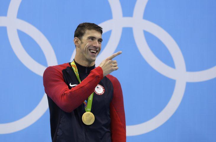 Michael Phelps con medalla de oro