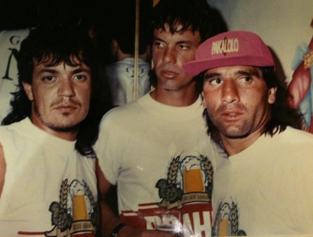 kaiser brasileño con amigos
