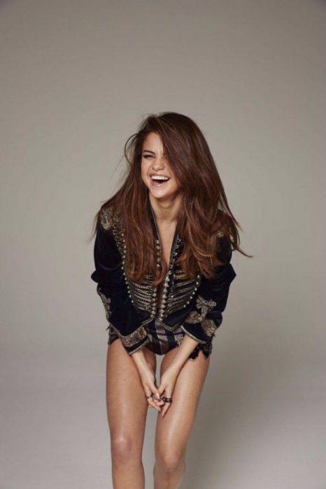 Selena Gomez en sesión de fotos para Maxim