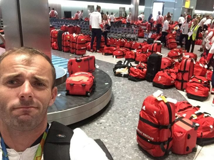 maletas rojas