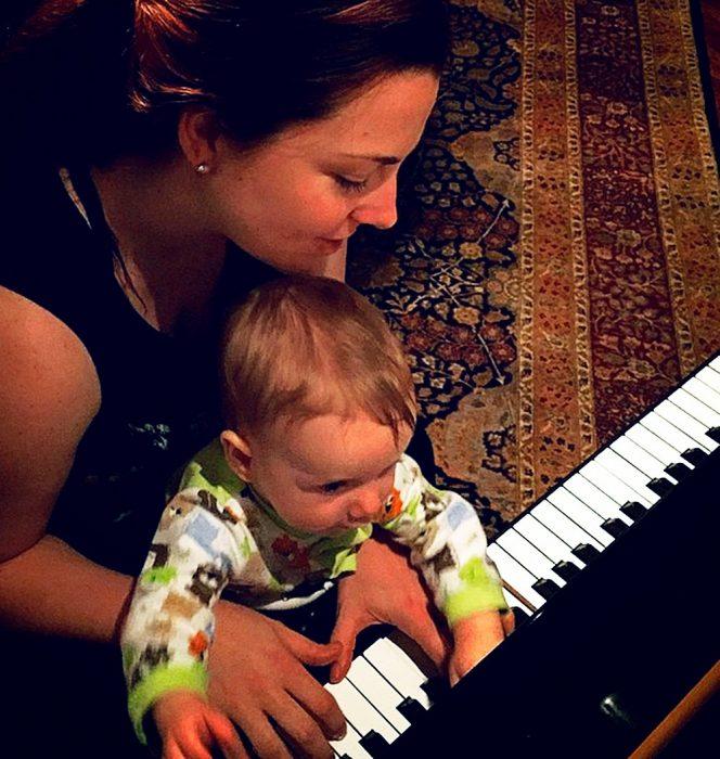Amy Lee y su hijo Jack
