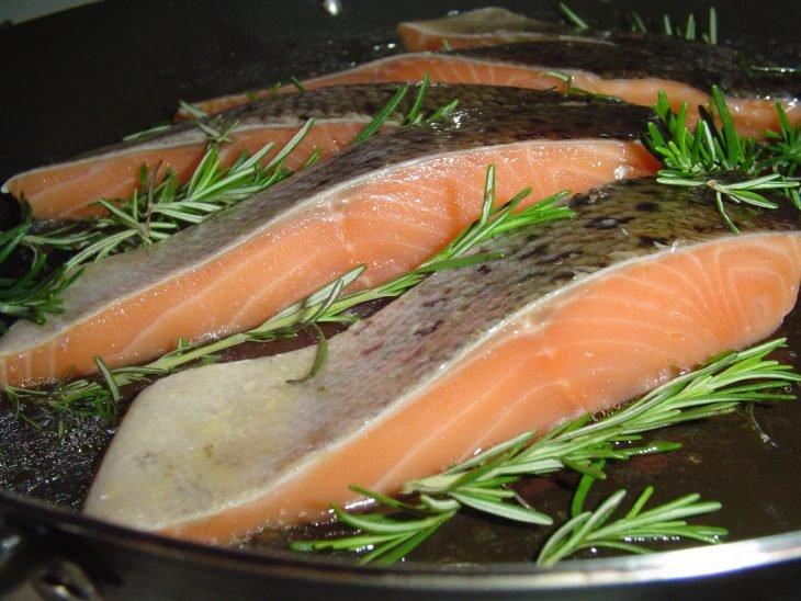 Cocinando salmón