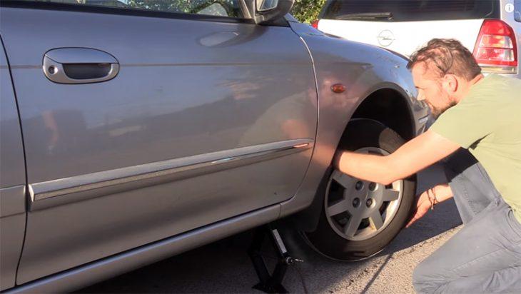 Arrancar coche con una cuerda