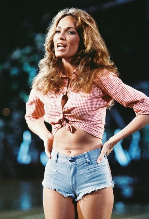 Catherine Bach, interpretaba a Daisy Duke