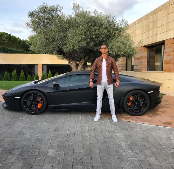 ronaldo carro