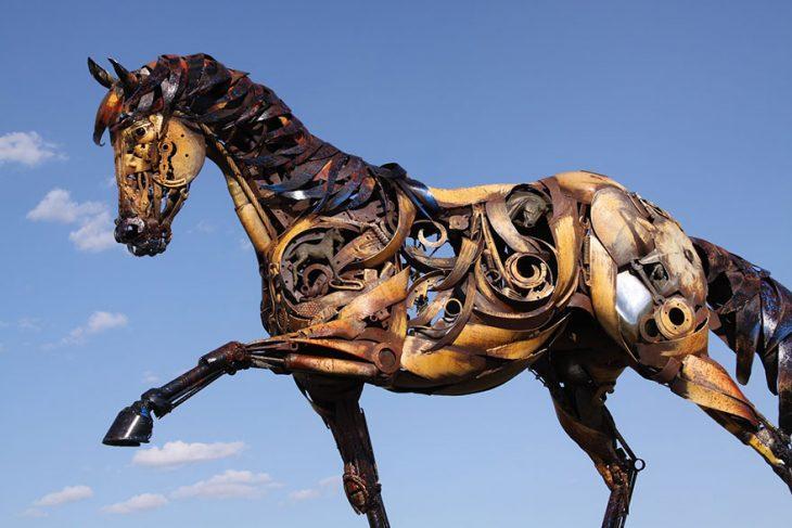 caballo detalles escultura