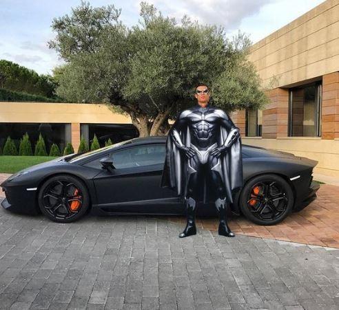 batman ronaldo carro