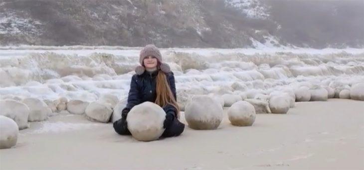 Bolas de nieve gigantes en Rusia