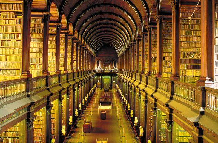 Biblioteca del Trinity College, en Dublín
