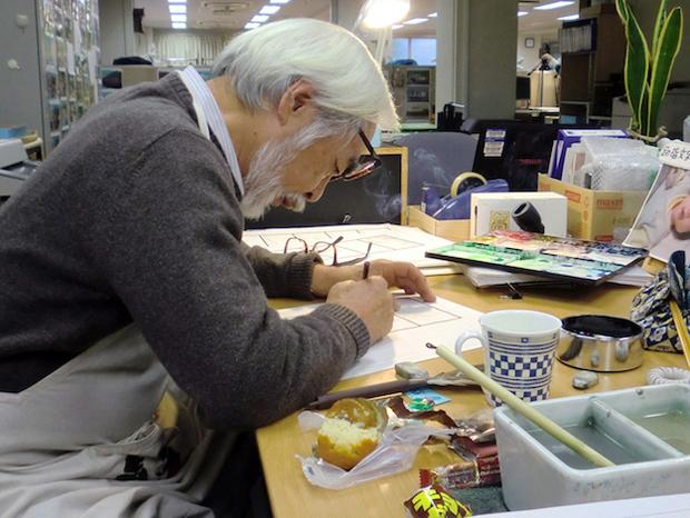 Hayao Miyazaki en su taller