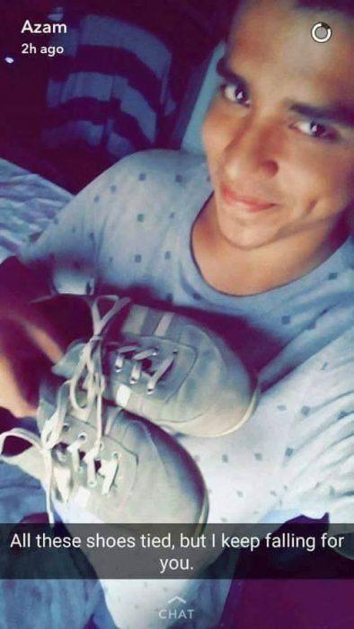 zapatos atados meme smnapchat
