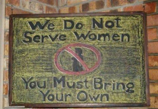 letrero bar mujeres