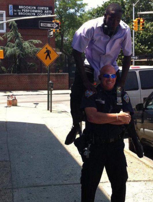 policia saltado