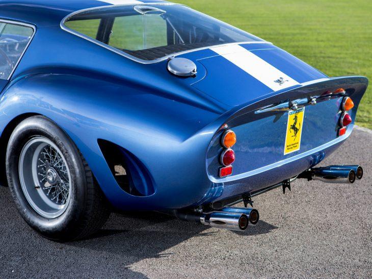 1962 Ferrari 250 GTO azul