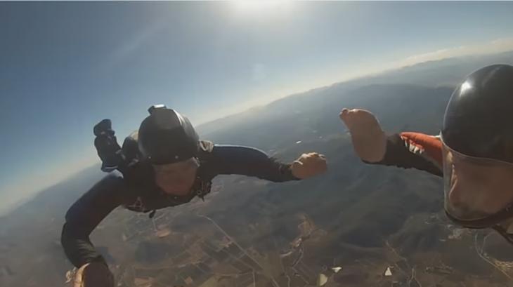 Paracaidistas con gopro