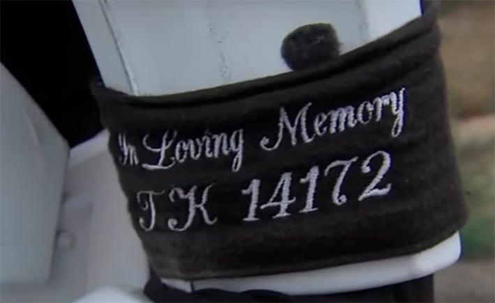 En memoria de su esposa