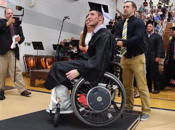 graduación en silla de ruedas