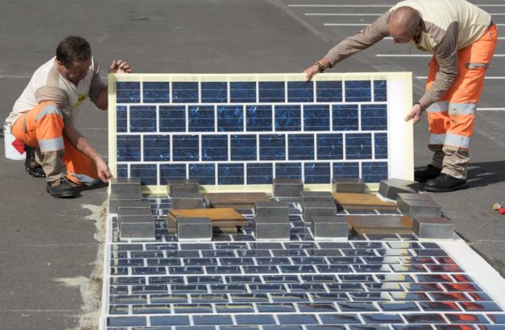 Colocando paneles solares