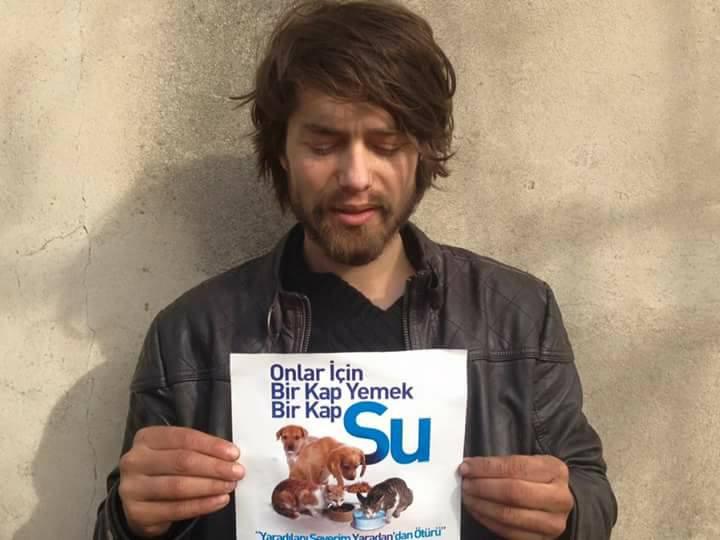 turco pide donaciones