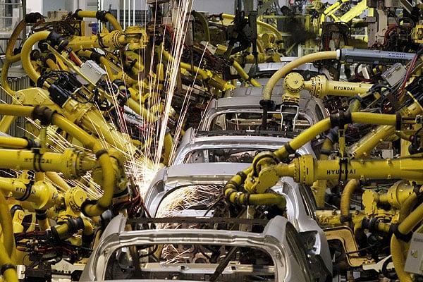 Fábrica operada solo por máquinas