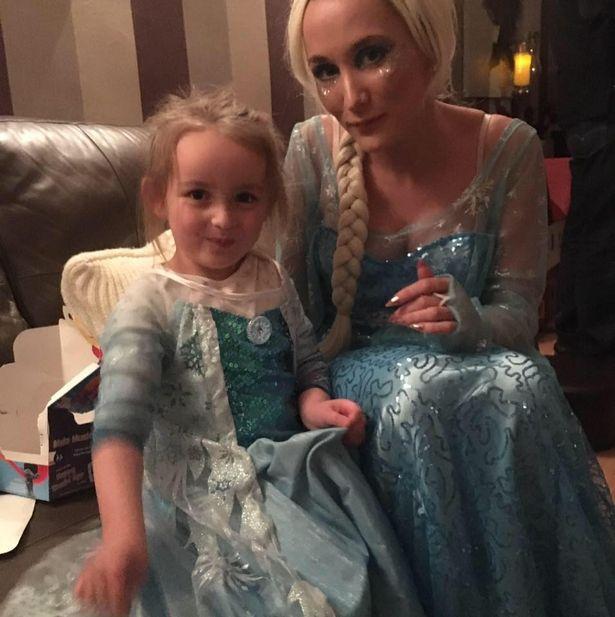 Vestidas de Elsa de Frozen