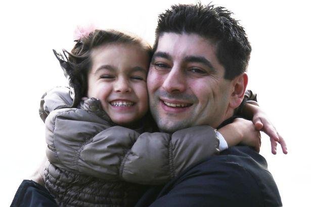 Padre e Hija felices de estar juntos